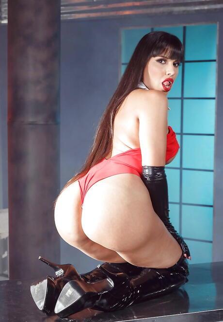 Latina Boots Pics