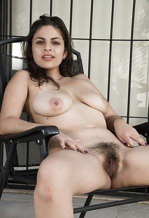 Hairy Latinas Pics