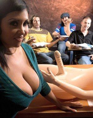 Latina Sexy Toys Pics