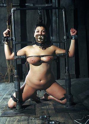 BDSM Latina Pics